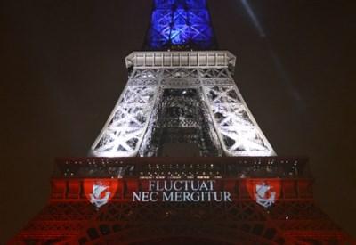 Isis a Parigi (Fonte Infophoto)