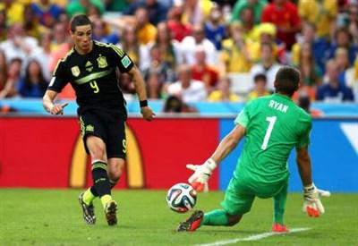 Fernando Torres, 30 anni, realizza il gol del 2-0 (dal profilo Twitter ufficiale @FIFAWorldCup)