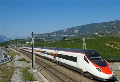 Eurocity Milano-Basilea deraglia vicino a Lucerna: molti feriti