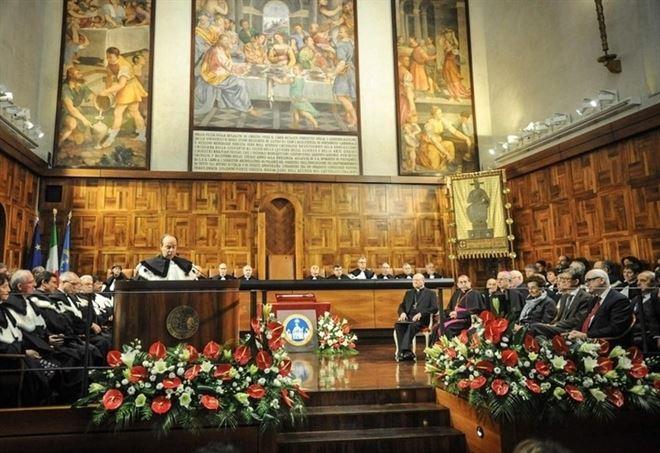 L'inaugurazione del presente anno accademico all'Università Cattolica (LaPresse)
