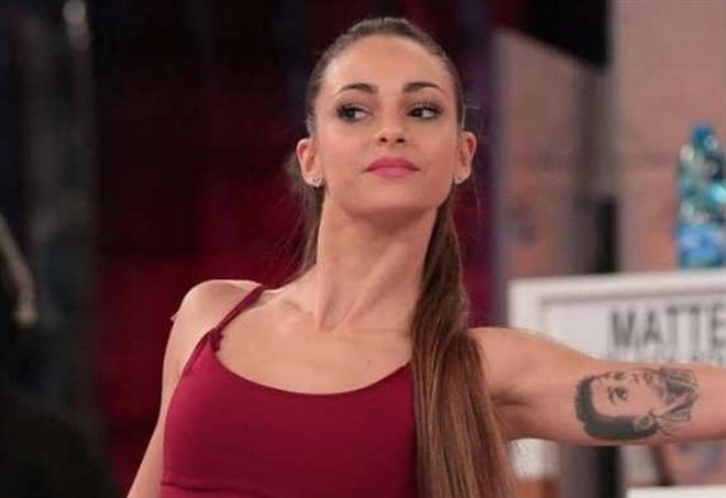 Valentina interrogata da Alessandra Celentano (Web)
