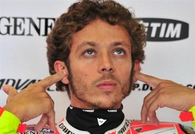 Valentino Rossi: è sempre lui a fare notizia nel paddock (Infophoto)