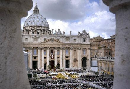 CHURCH/ Pre-synod jostling points to dynamism of Rome meeting on family