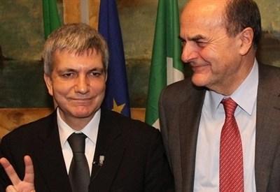 Nichi Vendola e Pier Luigi Bersani (InfoPhoto)