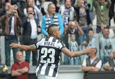 Arturo Vidal segnò nella Supercoppa 2012 (Infophoto)