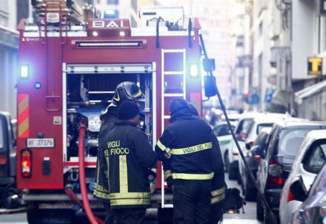 Incendio in una villetta a Monza (Foto: LaPresse)