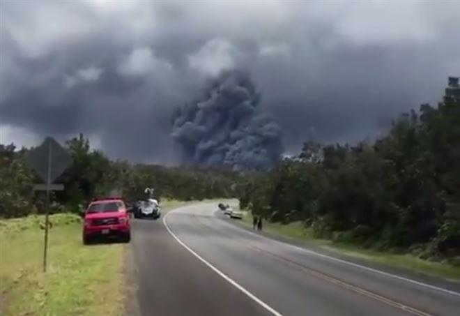 Hawaii, eruzione vulcano Kilauea (Twitter)