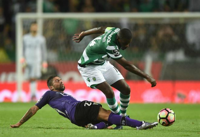 Sporting Lisbona-Fiorentina, il Var in azione: convalida il gol dell'1-0