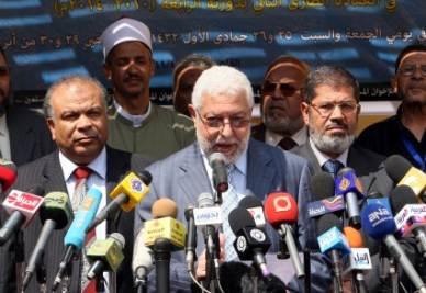 EGITTO/ El-Erian (Fratelli musulmani): scriveremo la Costituzione insieme ai cristiani