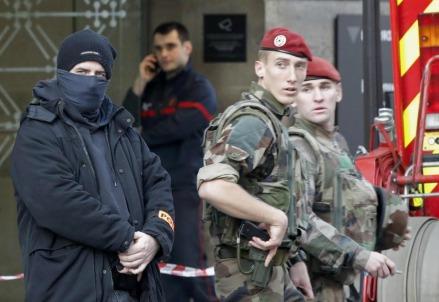 Allarme terrorismo in Francia (LaPresse)