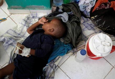 Ad Haiti dopo l'uragano Matthew (LaPresse)