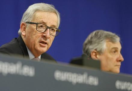 Jean-Claude Juncker e Antonio Tajani (Lapresse)