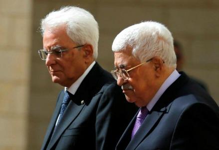 Sergio Mattarella con Abu Mazen (LaPresse)