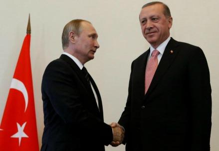 L'incontro tra Putin e Erdogan (LaPresse)