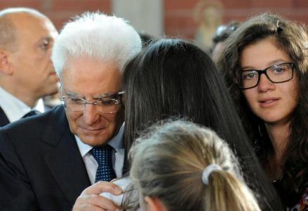 Il capo dello Stato Sergio Mattarella ai funerali delle vittime del terremoto (LaPresse)