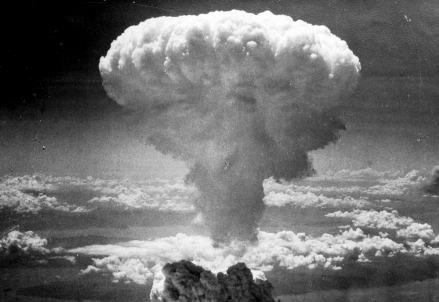 Il fungo atomico della bomba di Nagasaki