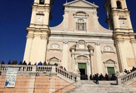 La chiesa di Lavagna in cui si sono svolti i funerali (Foto dal web)