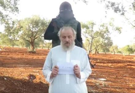 Sergio Zanotti, immagine dal video diffuso in Rete