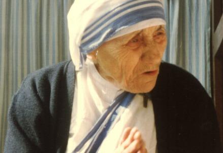 Madre Teresa di Calcutta (1910-1997) (Foto Evert Odekerken, da Wikipedia)