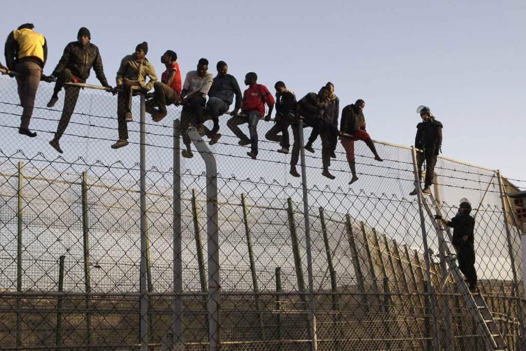 La frontiera tra Ceuta e Melilla