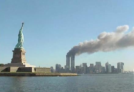 11 settembre 2011, attacco alle Torri Gemelle (Wikipedia)