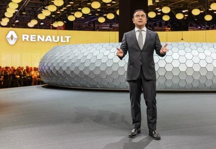 Carlos Ghosn, a capo di Nissan e da oggi anche di Mitsubishi