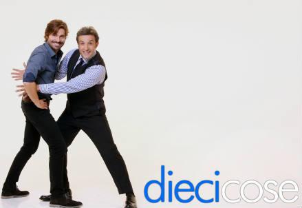 DIECI COSE / Diretta e ospiti: Buffon e Cattelan si cimentano ne 'Il pranzo è servito' (Oggi, 15 ottobre 2016)