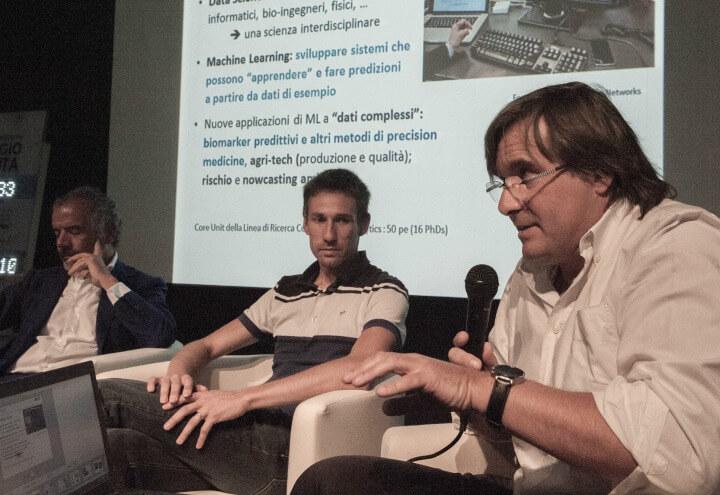 Un momento dell'incontro allo spazio WHAT (foto Meeting di Rimini)